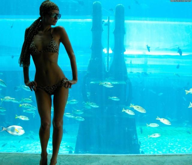 Paris Hilton Celebrity Sensual Gorgeous Celebrity Hot Sexy Candids