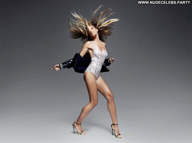Heidi Klum Babe Posing Hot Beautiful German Sexy Celebrity Model