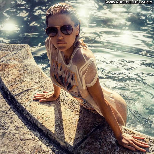 Rachel Mortenson Posing Hot Wet American Sexy Babe Beautiful