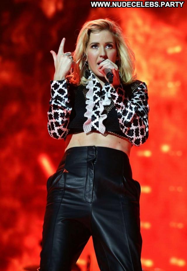 Ellie Goulding Celebrity Babe Beautiful Posing Hot Paparazzi London