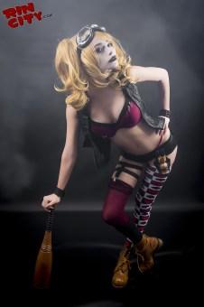 Harley-Quinn-Nude-Rin-City-Cosplay-06-83gLURf