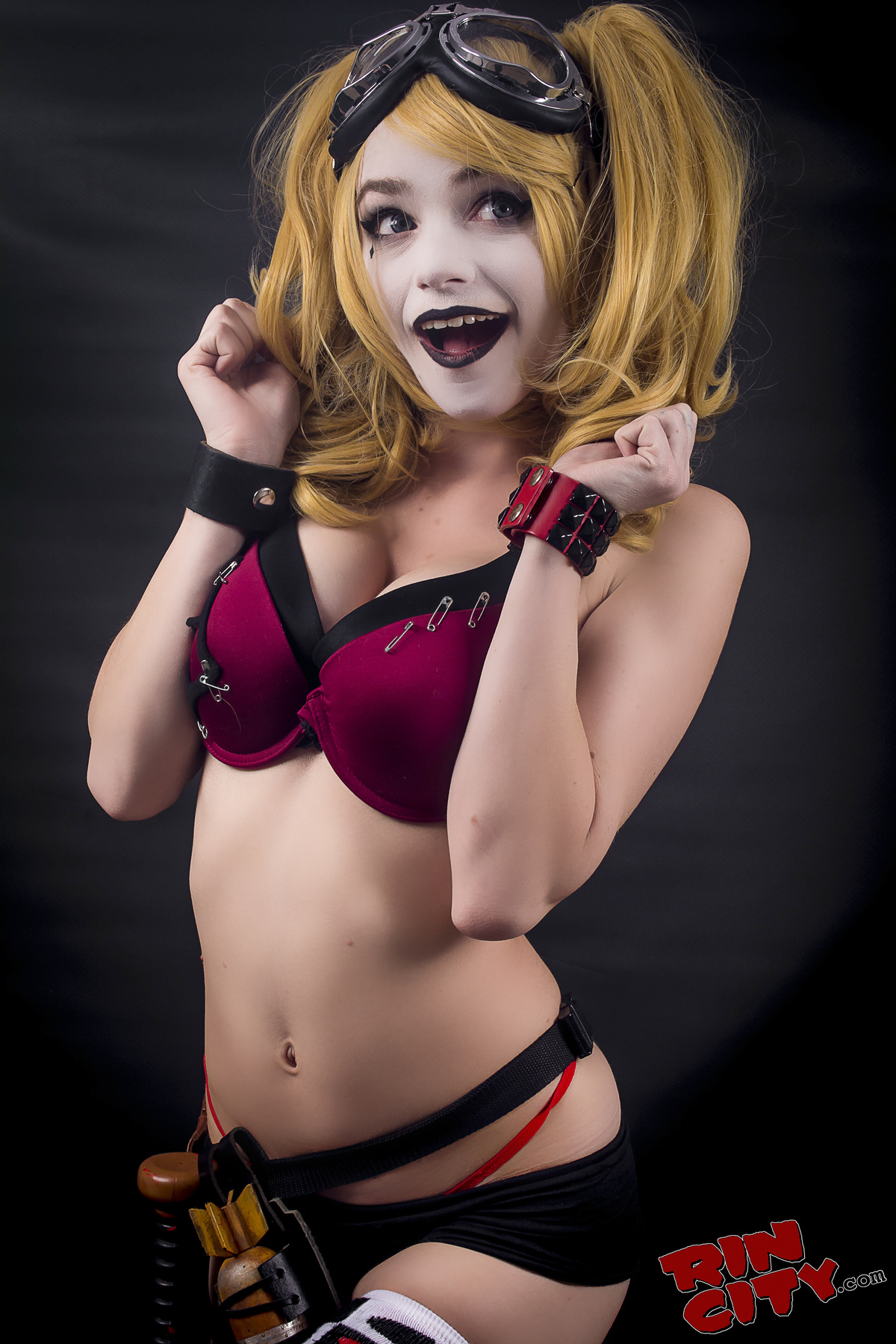 Excellent nude sexy harley quinn valuable