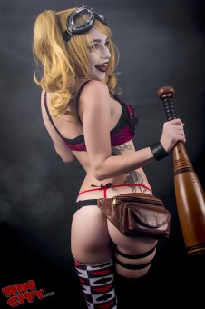 Harley-Quinn-Nude-Rin-City-Cosplay-25-8nkJAt3
