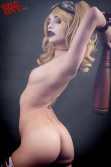Harley-Quinn-Nude-Rin-City-Cosplay-38-x4fOwC6