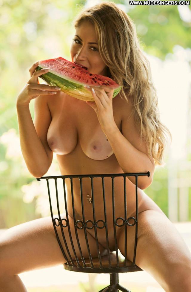 Carol Narizinho Curvy Videos Babes Beautiful Hd Posing Hot Hungary