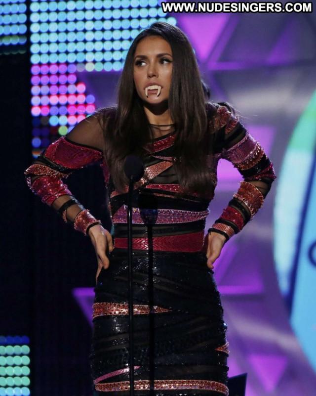 Nina Dobrev Awards Celebrity Babe Paparazzi Posing Hot Teen Beautiful