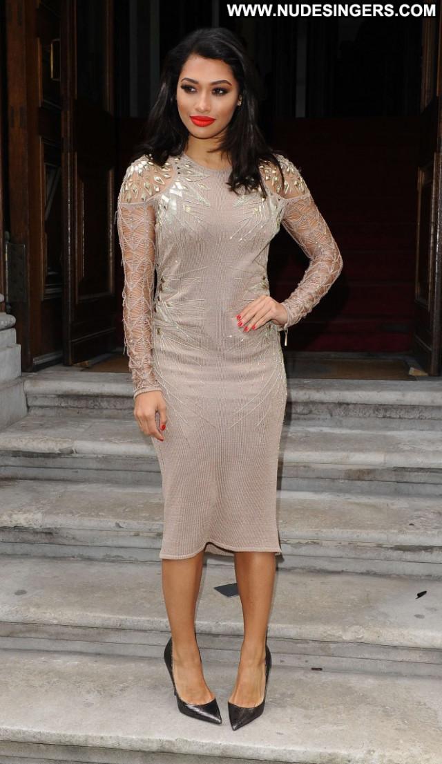 Vanessa White Fashion Show Beautiful London Fashion Babe Paparazzi