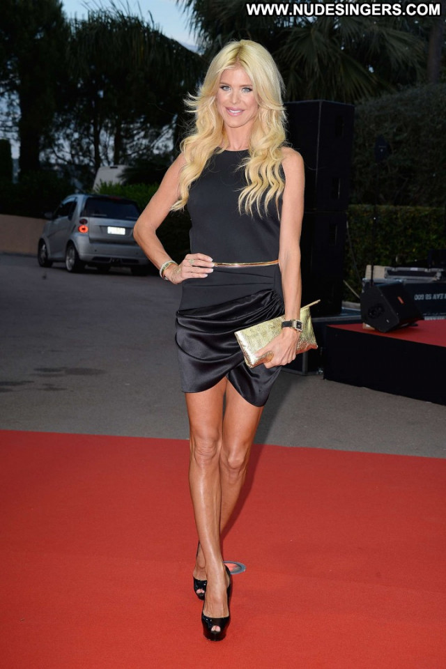 Victoria Silvstedt Monte Carlo Beautiful Posing Hot Celebrity Babe