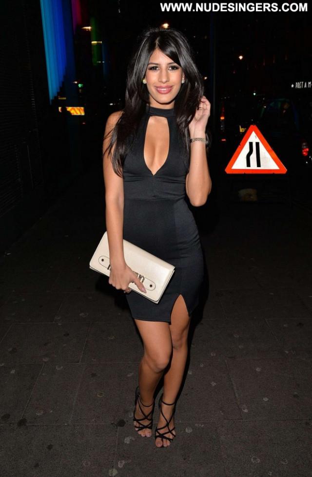 Jasmin Walia London Celebrity Beautiful Babe Posing Hot Paparazzi