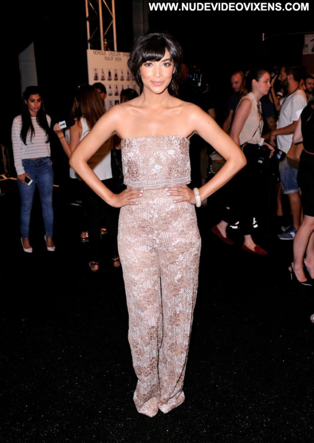Monique Lhuillier Fashion Show Posing Hot Celebrity Fashion Beautiful