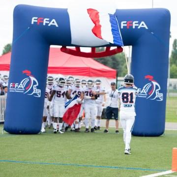 Einlauf der französischen Junioren Nationalmannschaft
