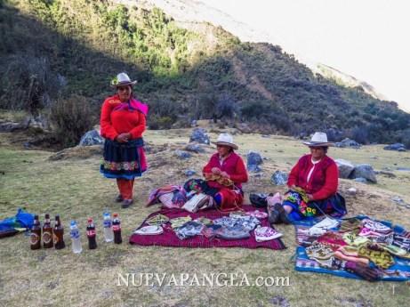 Cholitas aprovechando el turismo