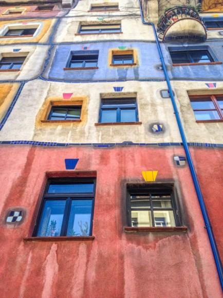 Casa de Hundertwasser, famoso artista/arquitecto Austríaco