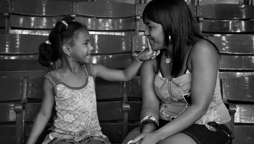 Madre e hija, La Habana, 2011. © WC