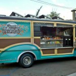 The Food Truck Chronicles: Food Junkies, the Catering Specialist with Wheels