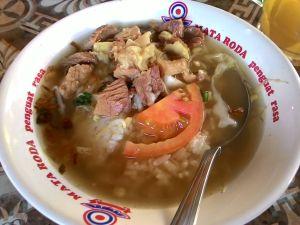 Warung Soto Pak Soleh Al Barokah Sleman Jogya : Daging Dimana Mana