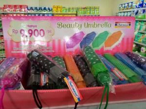 Beauty Umbrella Indomaret : Si Cantik Rp.10.000