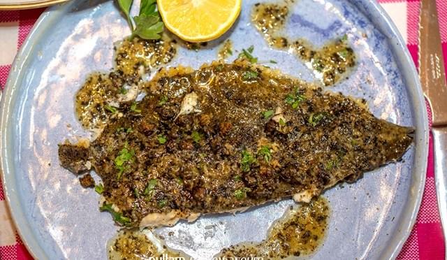Tarbot met Grenobloise saus en gefrituurde kappertjes