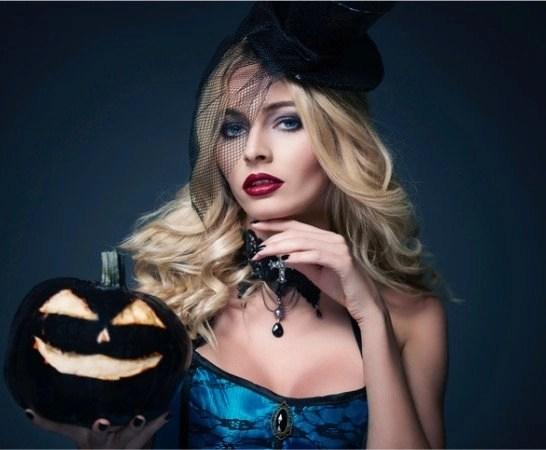 Halloween Hair Ideas for the spooky season - scary but chic hair for Halloween