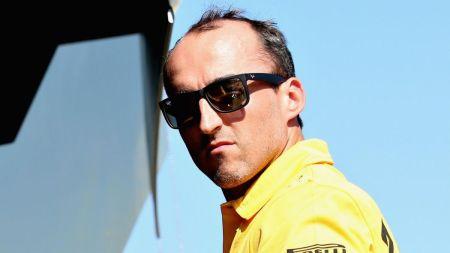 Robert Kubica torna a guidare una F1 sei anni e mezzo dopo un grave incidente.