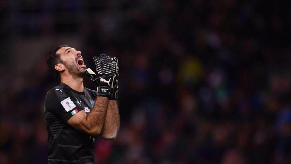 Il disaperato Buffon, uomo copertina di Fantasette | numerosette.eu
