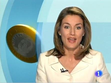 La futura princesa Leticia en uno de los vídeos destinados a informar a la población sobre el euro