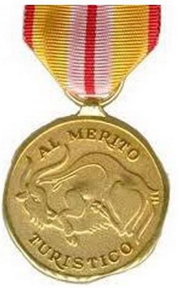 La Medalla y Placa al Mérito Turístico
