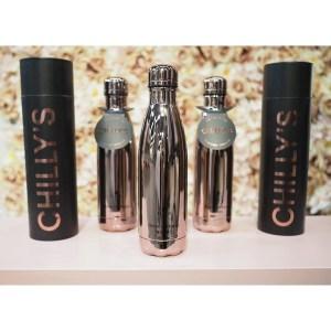 Moderni tuote, joka on suunniteltu yhdistämään muovipullon, perinteisen pullon korkean suorituskyvyn tekniikan ja ympäristöystävällisten etujen kanssa.