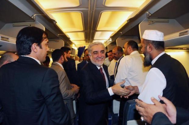 abdullah-in-airplane-to-ksa