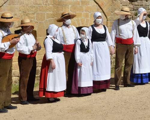 l'ensemble traditionnel les Jolivettes de la ville de Reims