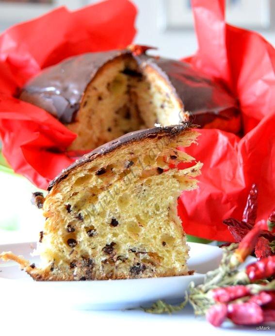 Panettone al Peperoncino con cioccolato