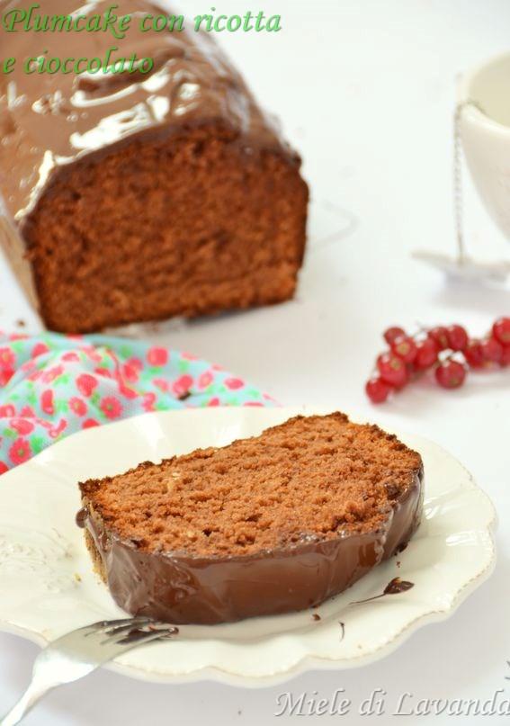Plumcake con ricotta e cioccolato