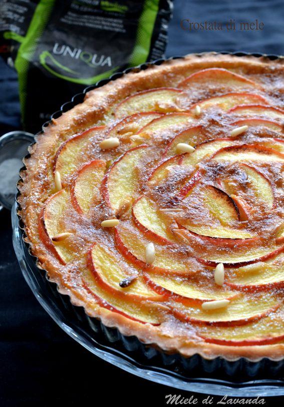 Oggi crostata di mele una ricetta dolce. Infatti vi presento una crostata di mele dal gusto delicato e deciso.