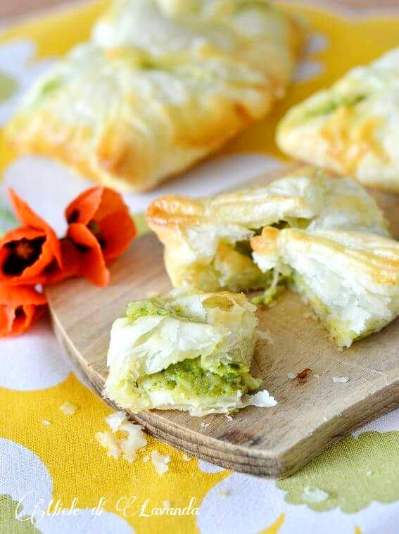 Fagottini con zucchine e provolone