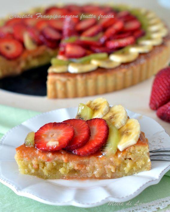 Crostata Frangipane con frutta fresca