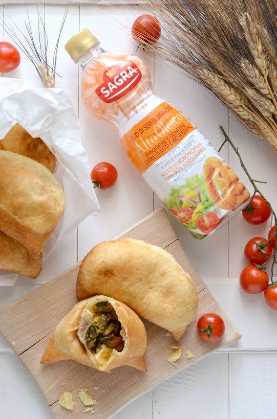 Panzerotto pugliese fritto o al forno ambasciator della Puglia