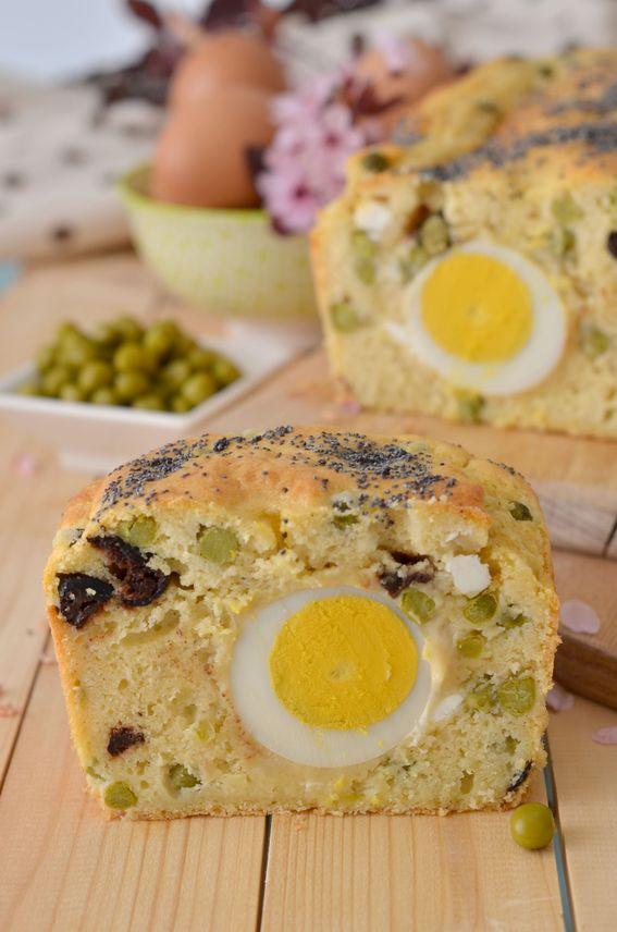 Plumcake salato con piselli scamorza e uova sode
