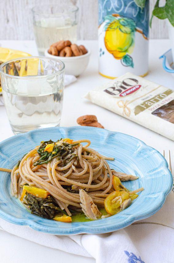 Spaghetti con salicornia (asparagi di mare) pomodorino giallo e tonno in tranci