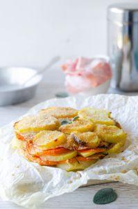 Tortino di zucca patate con ripieno di prosciutto e scamorza