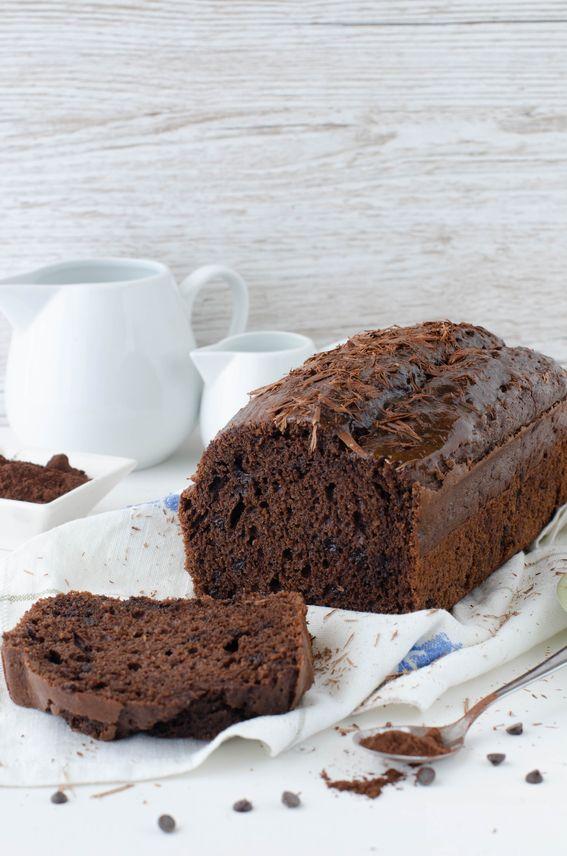 Plumcake al cacao con gocce di cioccolato senza burro