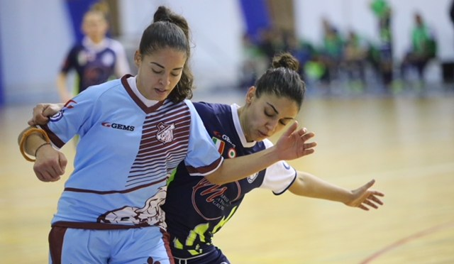 FOTO GALLERY Serie A calcio a 5 femminile Olimpus Roma – Bellator Ferentum 5-0 (di GIADA GIACOMINI)