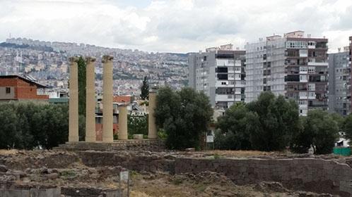 Il tempio di Atena: Eski Smirna - Bayraklı
