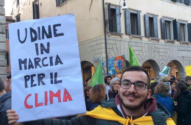 Udine, centinaia in centro alla Marcia per il clima