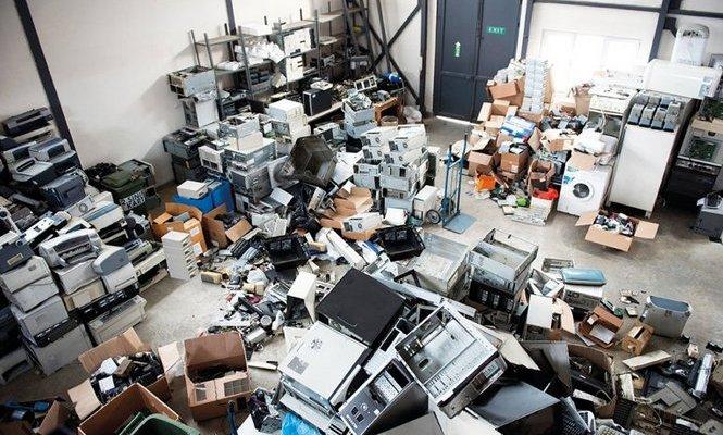 """Le """"miniere urbane"""" che ridanno vita ai rifiuti elettrici ed elettronici"""