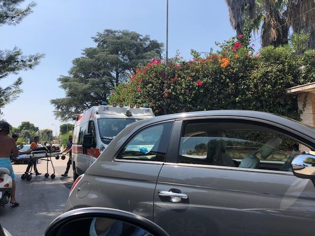Siracusa, scontro auto - moto a Fontane Bianche: un ferito in ...