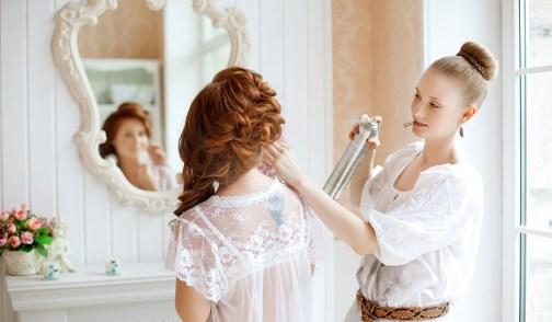 Resultado de imagen para novia y estilista
