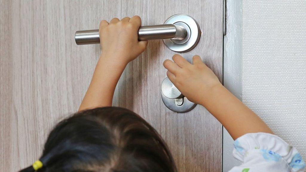 Child door finger injuries 'can be lifelong'