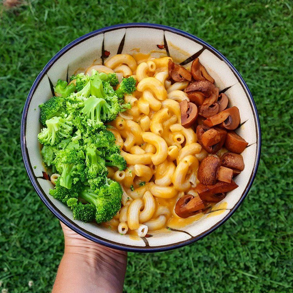 Vegan Mac and Cheese Sauce