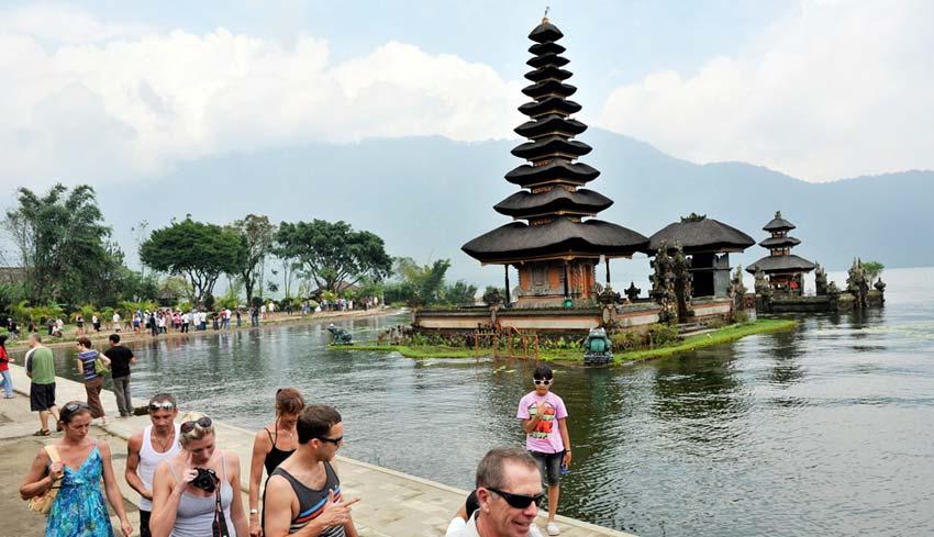 Hasil gambar untuk kunjungan wisatawan ke Indonesia pada 2016