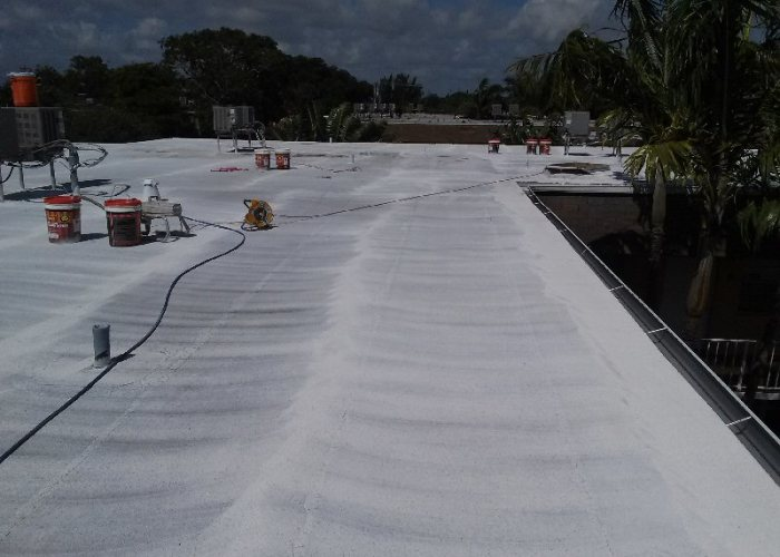 Florida Roof Coating - Priming